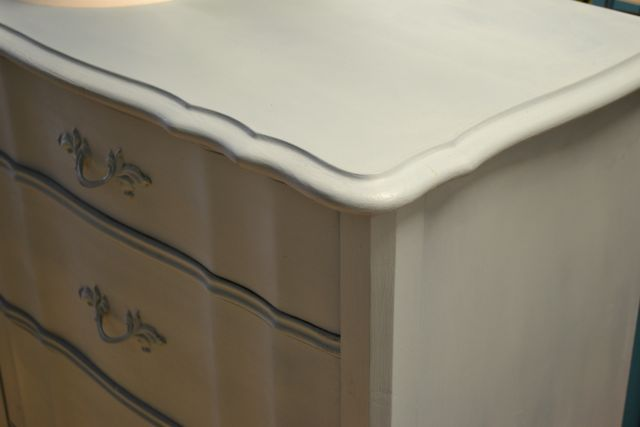Furniture Painting Services Near Chicago Il Located In Brookfield Il Nest Vintage Modern