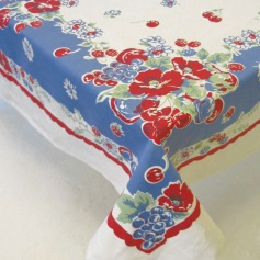 Very Berry retro tablecloth